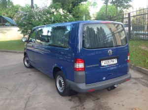 Volkswagen T5 Long сзади