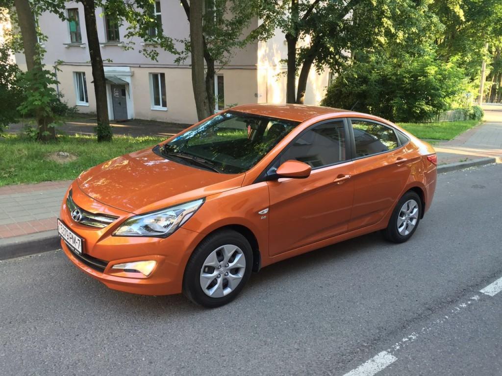 Прокат Hyandai Solaris Абрикосовый в Минске